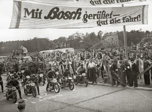 Berlinere på motorsykkel race, 1948