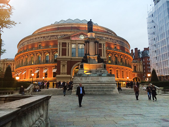 Royal Albert Hall – «Back From Oslo With Love»