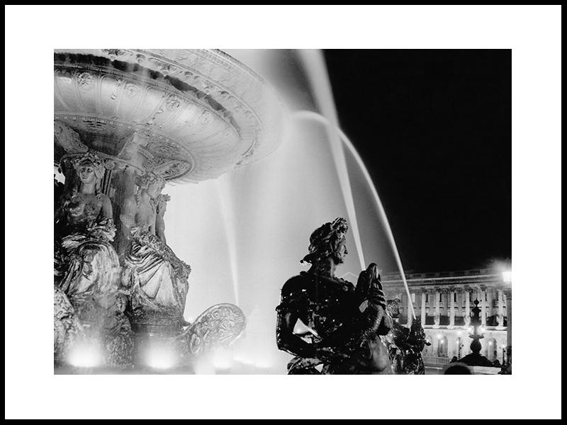 «Paris By Night»