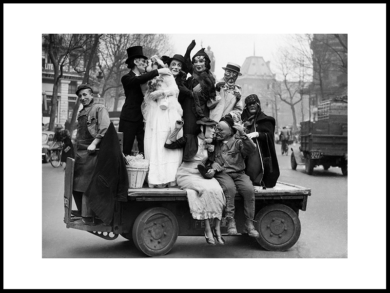 «Wedding Scene» – Mardi Gras Feted In Paris,1952