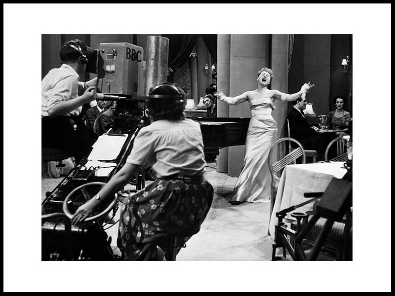 Hildegrade, Berømt Cabaret- Og Radiostjerne, 1950