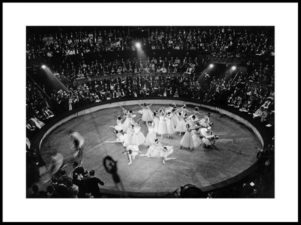 Gallaforestilling i Paris, 1948