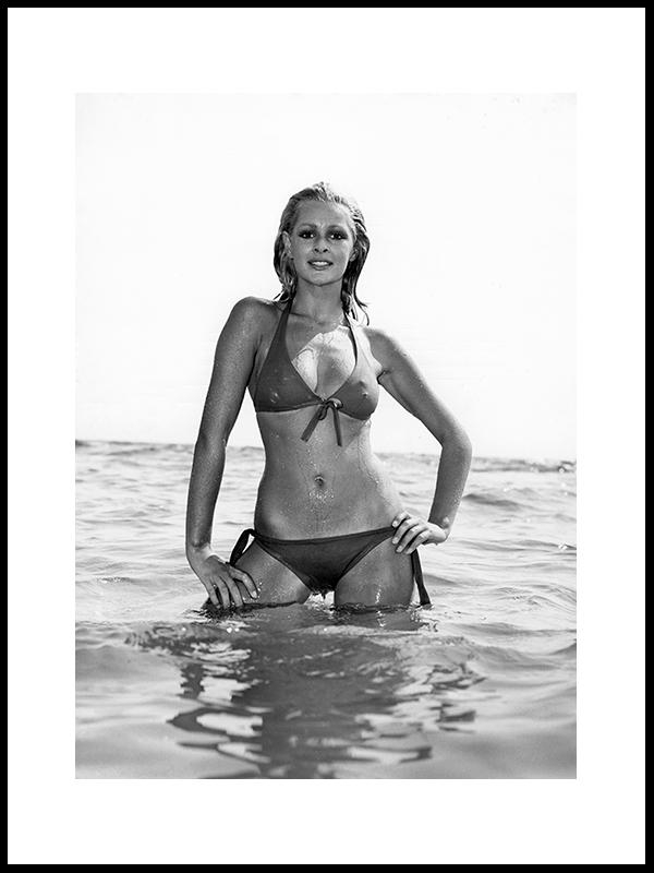 Modell Nina Carter, Del 2, 1972