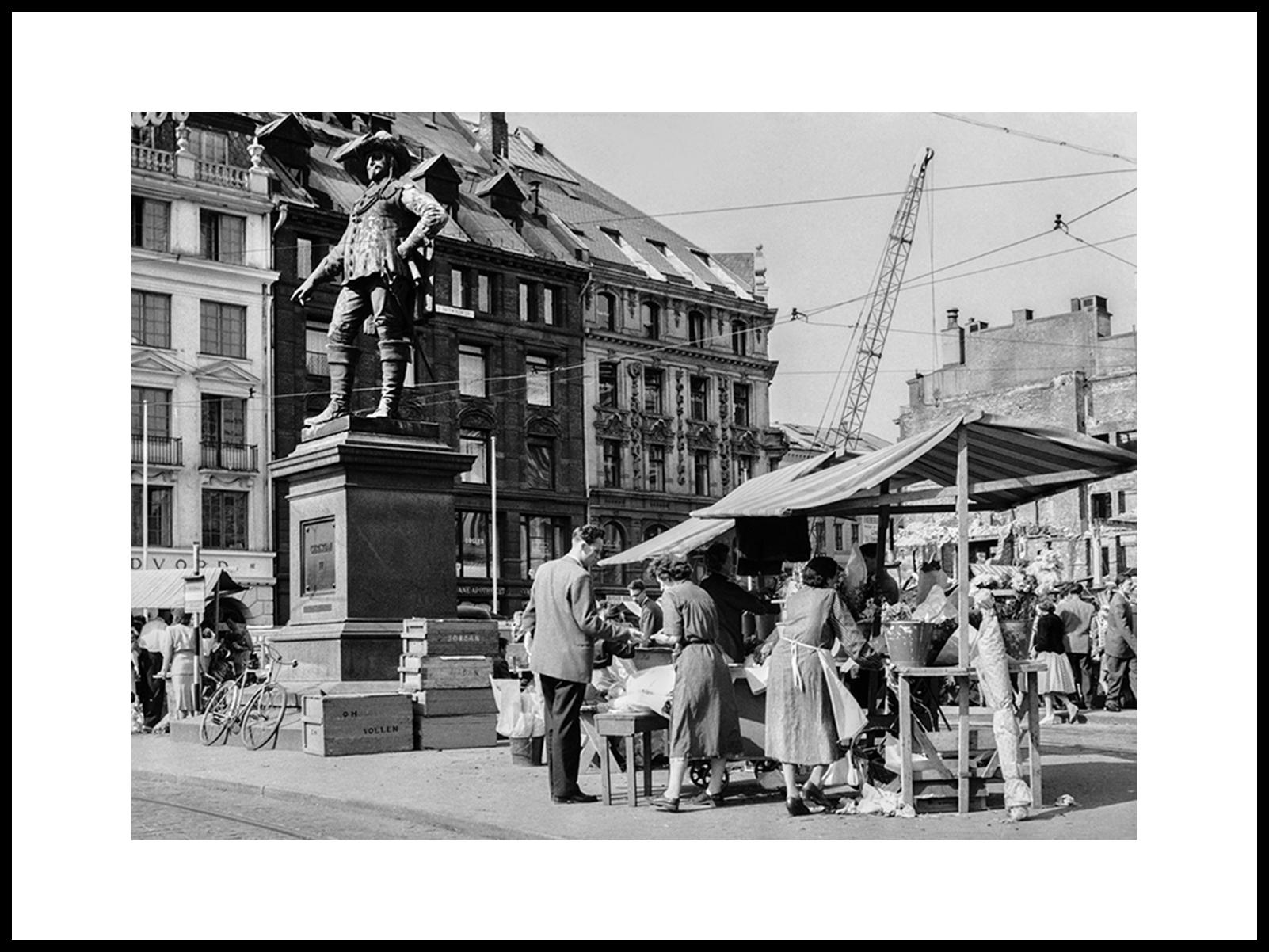 Torghandel På Stortorvet, Oslo 1959